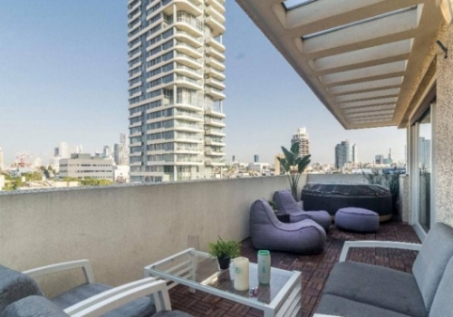 Penthouse Dizengoff 2 bedrooms Lift Apartment for vacation rental in Tel Aviv