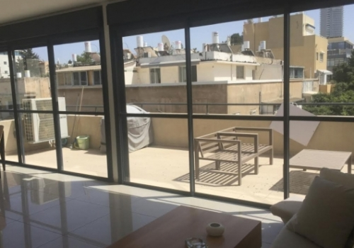 Sheinkin Mini Penthouse 4 room 100sqm Terrace 25sqm Elevator Apartment For Rent Real estate Tel Aviv