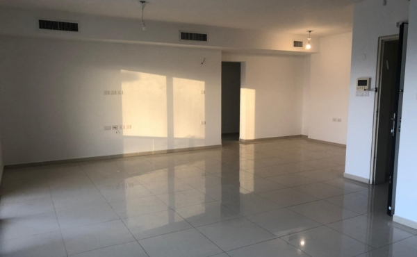 Ramat Aviv 5 room 145 sqm Terrace 20 sqm Elevator Parking Fitness Apartment for sale in Tel Aviv