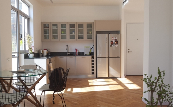 Frishman & Gordon area 3 rooms 80sqm Renovated 2 balconies Apartment for sale in Tel Aviv