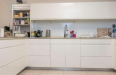 5 room fully furnished 120sqm 2 terraces 2 parking Apartment for rent in Telaviv