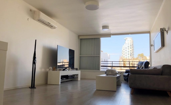 Apartment 3 room for sale in Telaviv