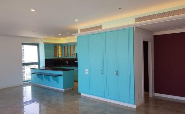 Park Tzameret 4 room 140sqm Balcony 16sqm Sea view Lift Parking Pool Gym Sauna Apartment for sale in Tel Aviv