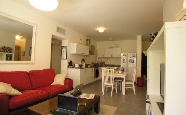 Mair Park area 3.5 room 90sqm Terrace Elevators Parking Apartment for sale in Tel Aviv