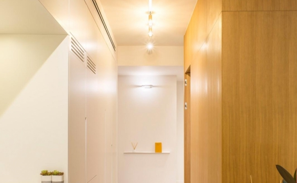 Ben Yehuda 3 rooms 74 sqm Renovated Sun terrace Lift Apartment for sale in Telaviv