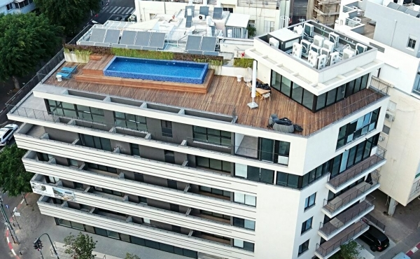 Trumpeldor Luxury Penthouse 5 room 165m2 Roof Top 170m2 with Sea view Lift Parking For Sale