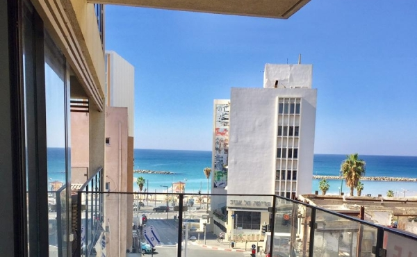 Frishman 3 room 90sqm Balcony 14sqm Sea view Lift Parking Apartment for sale in Tel Aviv