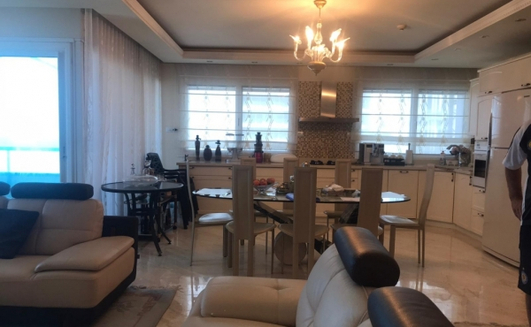 Opera Tower 4 room 155sqm Terrace 12sqm Lift Parking Doorman Gym Pool Apartment for sale in Tel Aviv