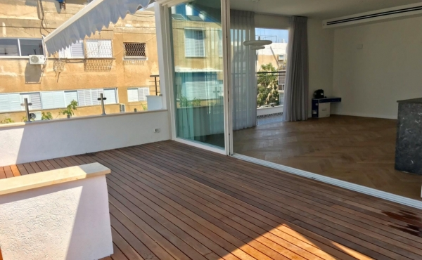 Ben Yehuda Penthouse 3 room 90sqm Balconies 36sqm Apartment for sale in Tel Aviv