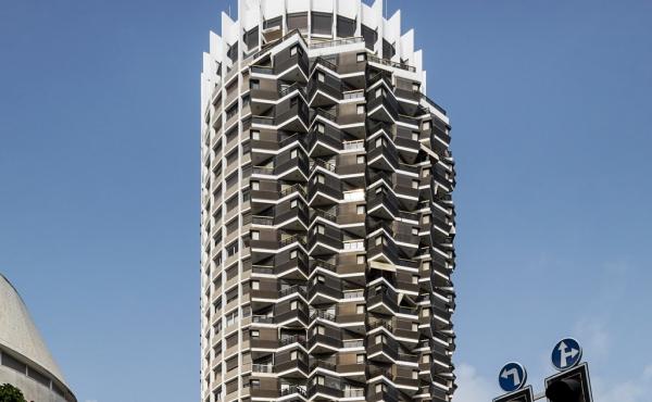 Dizengoff 2 room 50sqm Balcony Apartment for sale in Tel Aviv