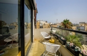 Park Hayarkon area Luxurious apartment 2.5 room 52sqm Terrace Open view Lift Parking To buy