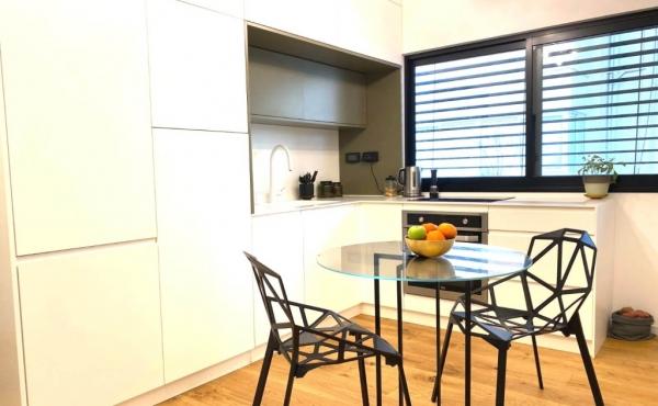 Basel area 2 room 47sqm Renovated Quiet Bright Apartment for sale in Tel Aviv