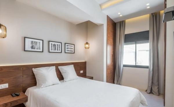 Bograshov area 3 rooms 90sqm Renovated Balcony Apartment for sale in Tel Aviv
