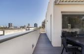 Meyer Park area Penthouse Duplex 5 room 148sqm Terrace 64sqm Lift Parking Apartment for sale in Tel Aviv