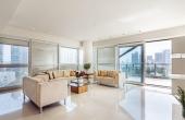 Akirov Tower 3 room 125sqm Balcony 20sqm Lift Pool Gym Club Guard Apartment for sale in Telaviv