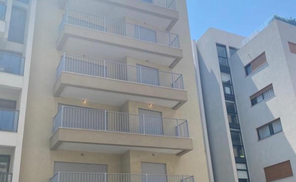 Pinsker 100sqm Balcony 12sqm Apartment for sale in Tel Aviv