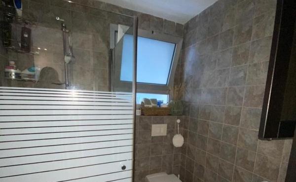Old north 3 room 60sqm Renovated Sun terrace Elevators Apartment for sale in Tel Aviv
