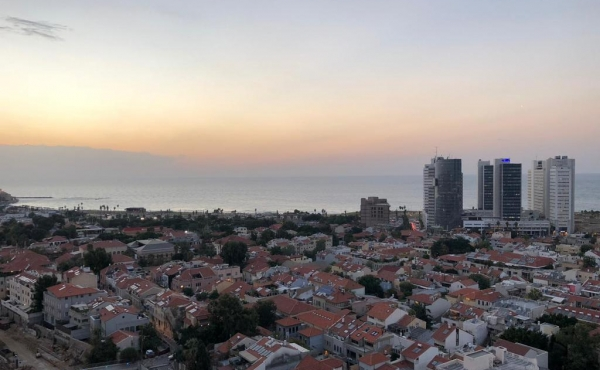 Neve Tzedek area 4.5 room 126sqm Balcony with Sea view Elevator Parking Swimming Pool Gym Club Apartment for sale in Tel Aviv
