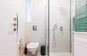 Dizengoff area 3 room 58 sqm Balcony 6 sqm Apartment Renovated for sale in Telaviv