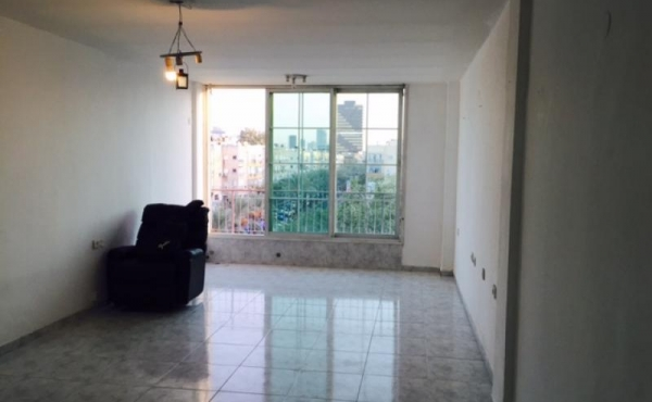 Duplex 4 room 104m2 Terrace 60m2 Elevator For Sale