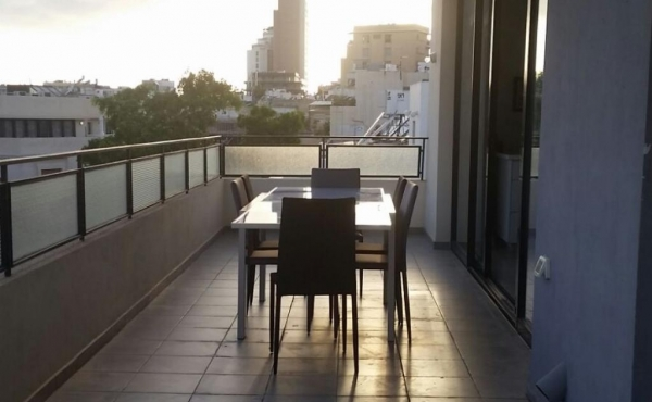 Dizengoff area Mini Penthouse 3 room 70m2 Terrace 25m2 Lift Parking For Sale