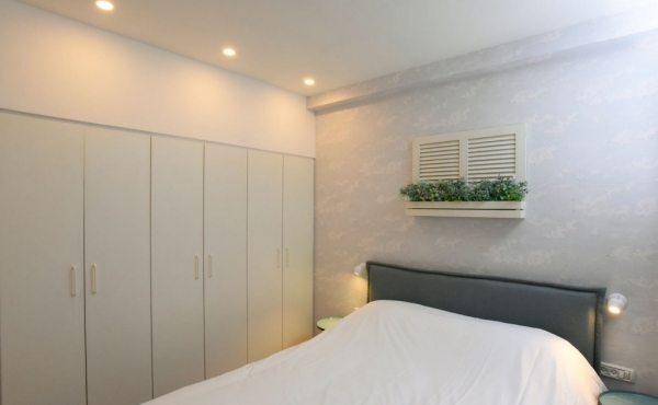 Old North TLV 3 room 87sqm designed Elevator Apartment for sale in Telaviv